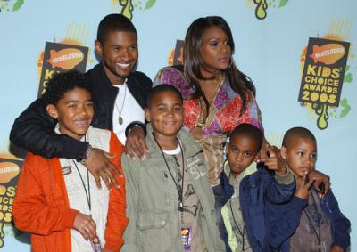 Usher's stepson critically injured in boating accident